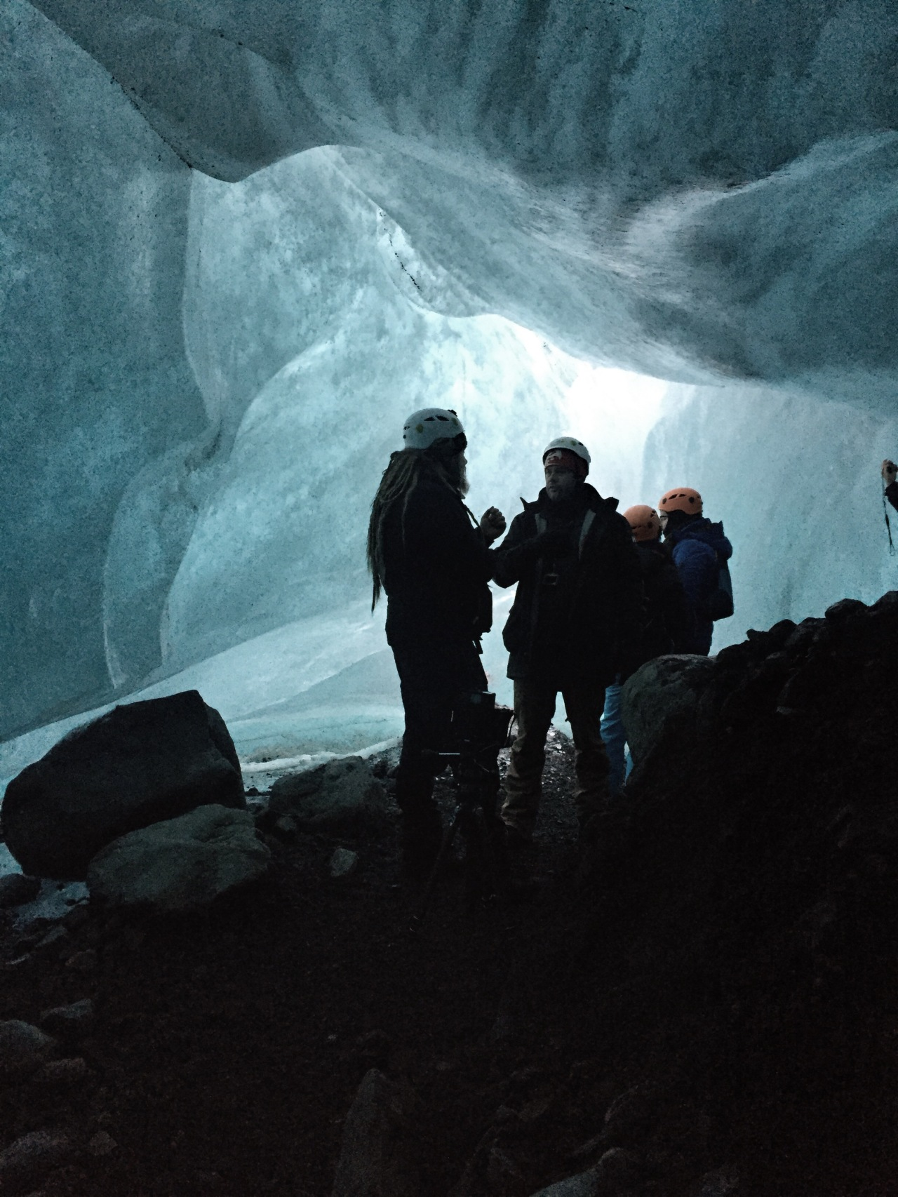 Iceland – Glaciers, Ice Caves, Icebergs and Black Sand Beaches … all in a days work!